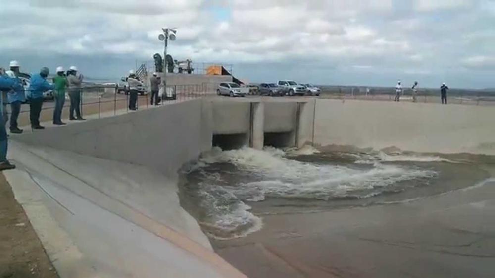 Resultado de imagem para Com abertura das comportas de novo reservatório, águas do Rio São Francisco avançam rumo ao Ceará