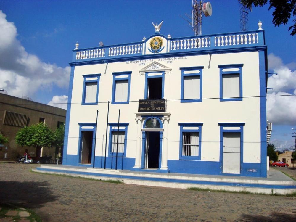 Fachada da Câmara Municipal de Limoeiro do Norte