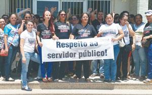 Protesto de servidores da Educação em Limoeiro do Norte-CE